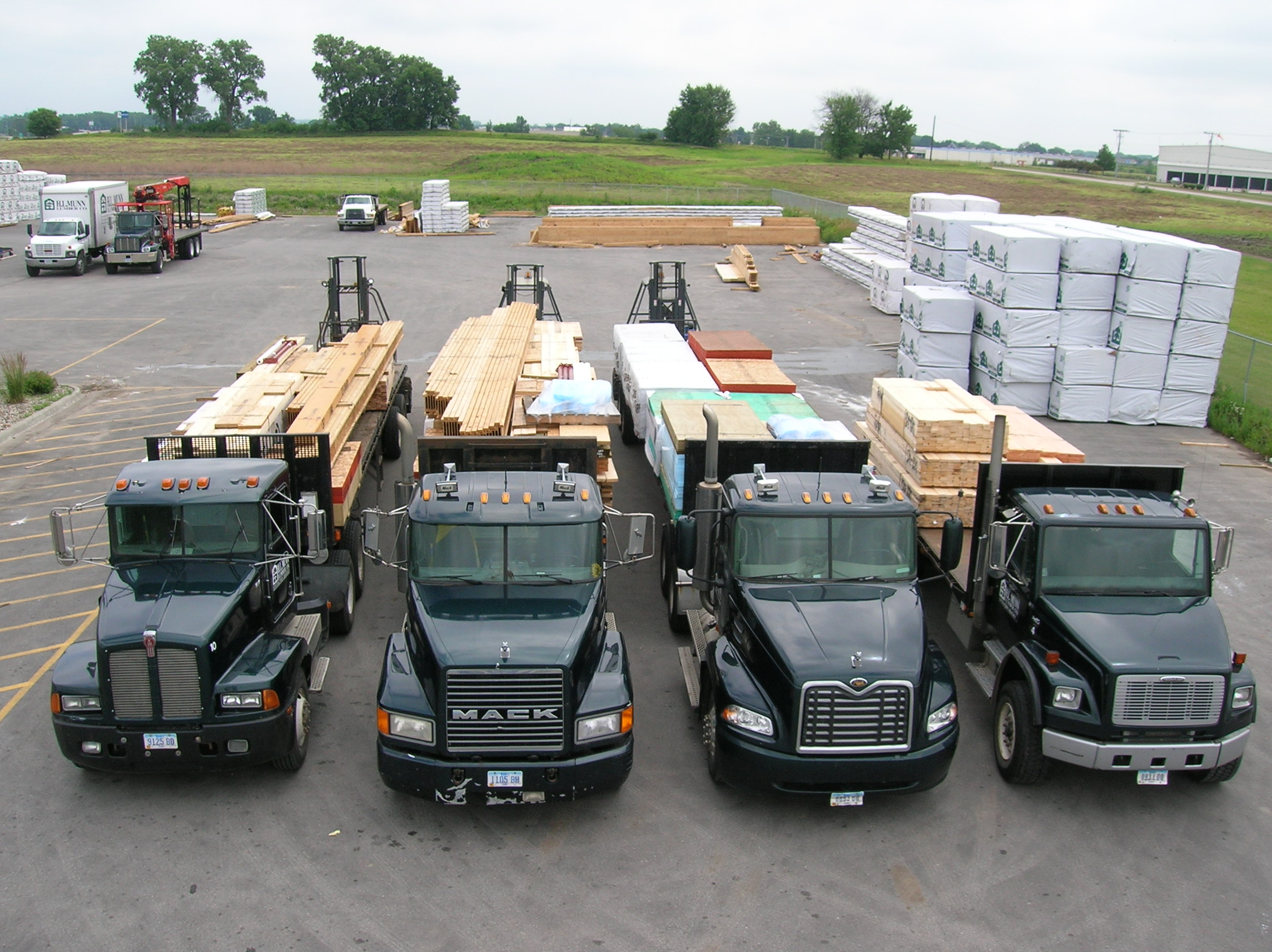 Aluminum Ladder and Lumber Racks for Trucks | Highway Products, Inc